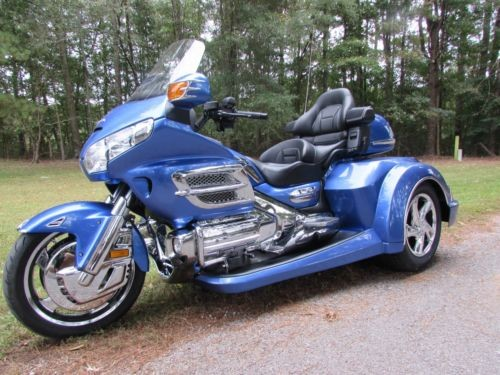 2009 Honda Gold Wing COLUMBIA BLUE for sale craigslist