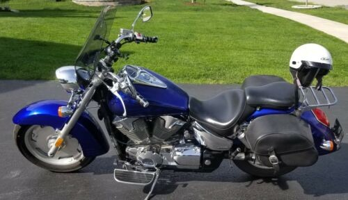 2009 Honda VTX 1300 R Blue photo