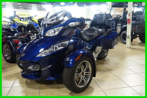 2010 Can-Am Spyder Roadster RT-S BLU photo