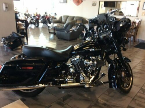 2010 Harley-Davidson FLHX STREET GLIDE -- Black photo