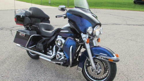 2010 Harley-Davidson Touring FLHTK - Electra Glide Ultra Limited Black photo