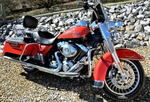 2010 Harley-Davidson Touring Red photo