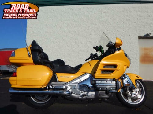 2010 Honda Gold Wing® Audio / Comfort — Yellow for sale craigslist