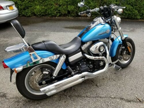 2011 Harley-Davidson Dyna Blue photo