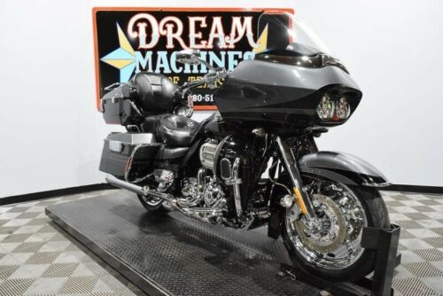 2011 Harley-Davidson FLTRUSE – Screamin Eagle Road Glide Ultra CVO — Black for sale craigslist