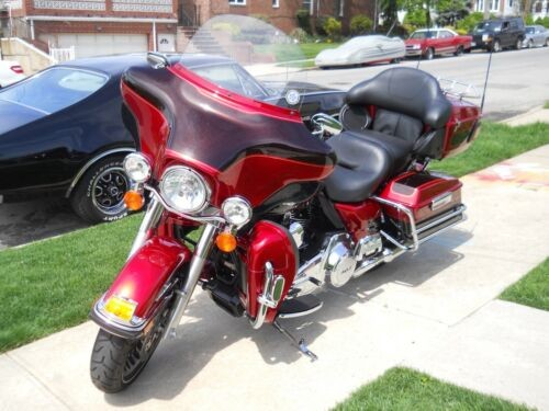 2012 Harley-Davidson Touring Red/Merlot 2 Tone photo