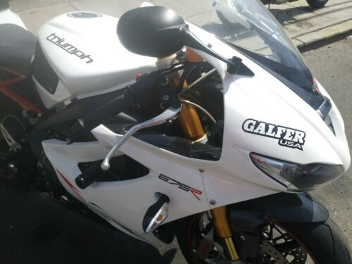 2012 Triumph Daytona White photo