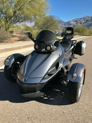 2013 Can-Am Spyder RS Silver photo