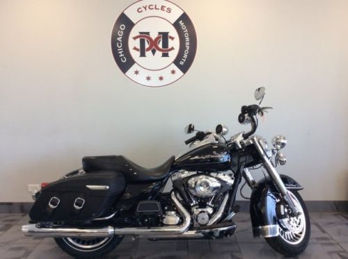 2013 Harley-Davidson FLHRC ROAD KING CLASSIC -- Black photo