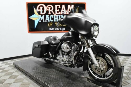 2013 Harley-Davidson FLHX - Street Glide -- Black photo