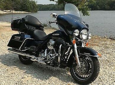 2013 Harley-Davidson Touring Blue photo