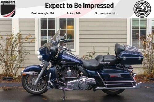 2013 Harley-Davidson Touring Ultra Classic Electra Glide Blue photo