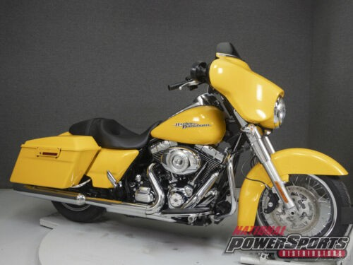 2013 Harley-Davidson Touring CHROME YELLOW PEARL photo