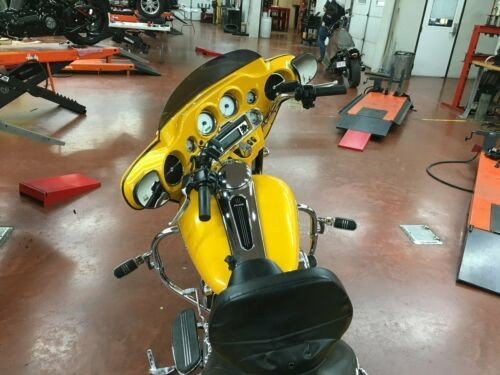 2013 Harley-Davidson Touring Yellow photo