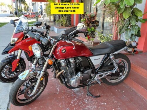 2013 Honda CB Red photo