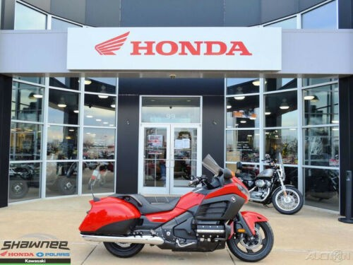 2013 Honda Gold Wing 2013 Honda Gold Wing F6B Used Red photo