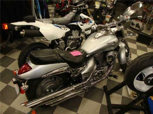 2013 Suzuki Boulevard -- Silver photo