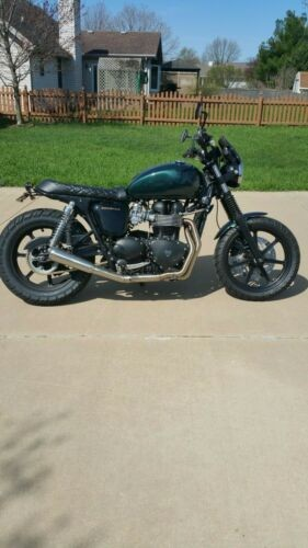 2013 Triumph Bonneville Green photo