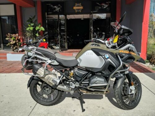 2014 BMW R-Series Gray photo