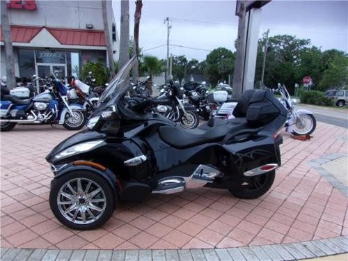2014 Can-Am SPYDER LIMITED Black photo