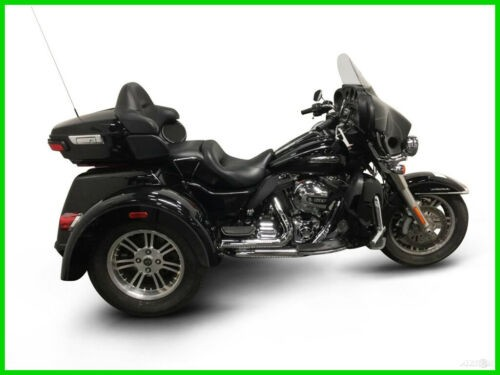 2014 Harley-Davidson FLHTCUTG TRIGLIDE ULTRA CLASSIC CALL (877) 8-RUMBLE Black photo