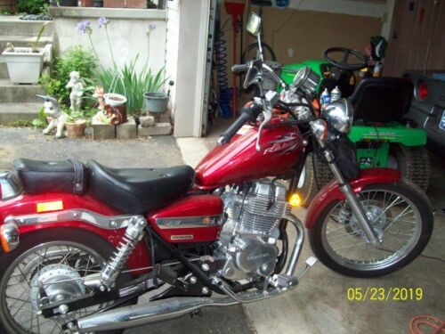 2014 Honda Rebel Red photo