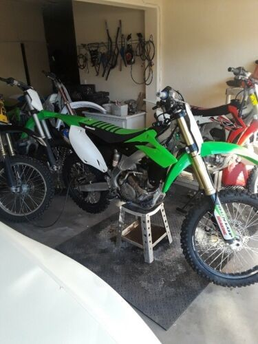 2014 Kawasaki KXF Green photo
