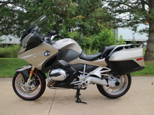 2015 BMW R-Series Gray photo
