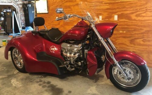 2015 Boss Hoss BHC-9 LS300 Red photo