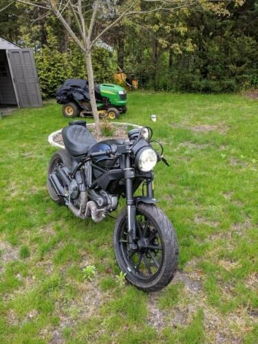 2015 Ducati Scrambler Black photo