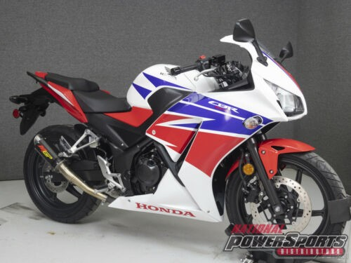 2015 Honda CBR 300R RED/WHITE/BLUE photo