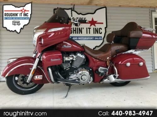 2015 Indian Roadmaster -- Red photo