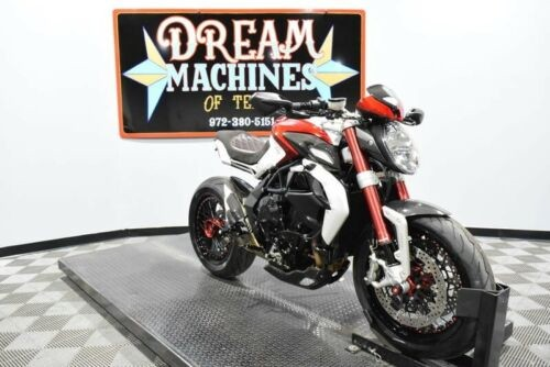 2015 MV Agusta Brutale 800 Dragster RR -- Red photo