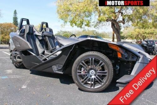 2015 Polaris Slingshot -- Tan photo