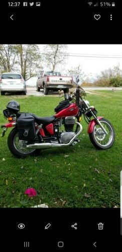 2015 Suzuki Boulevard Red photo