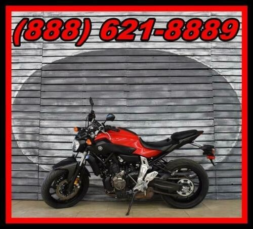 2015 Yamaha FZ-07 -- Red photo