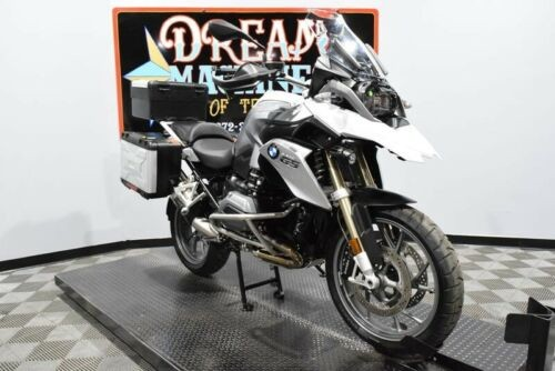 2016 BMW R 1200 GS Premium -- White photo