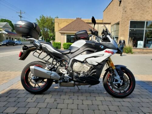 2016 BMW S1000XR White photo