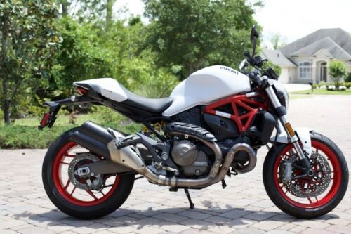 2016 Ducati Monster White photo