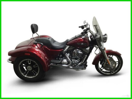 2016 Harley-Davidson FLRT FREE WHEELER CALL (877) 8-RUMBLE Red photo