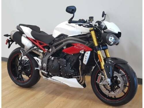 2016 Triumph Speed Triple White photo