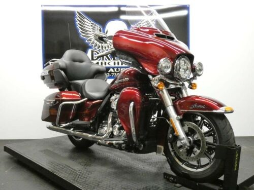 2017 Harley-Davidson FLHTKL - Ultra Limited Low -- Red photo