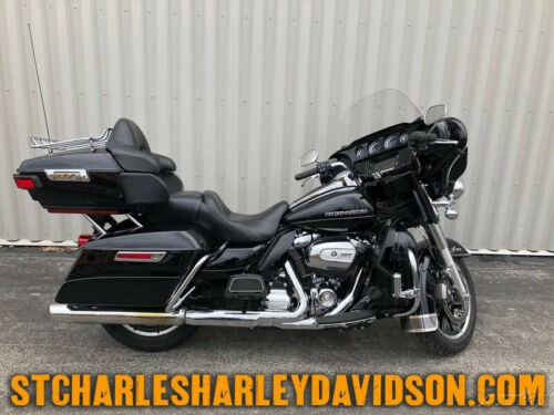 2017 Harley-Davidson Touring Black photo