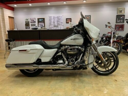 2017 Harley-Davidson Touring FLHXS STREET GLIDE SPECIAL White photo