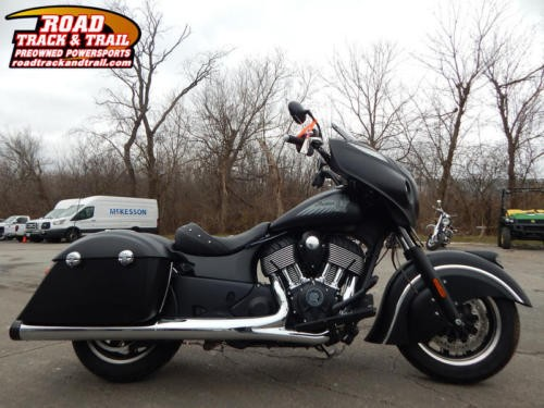 2017 Indian Chieftain Dark Horse -- Black photo