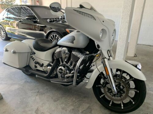 2017 Indian Chieftain Limited White photo