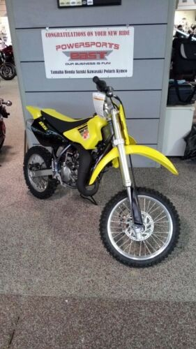 2017 Suzuki RM Yellow photo