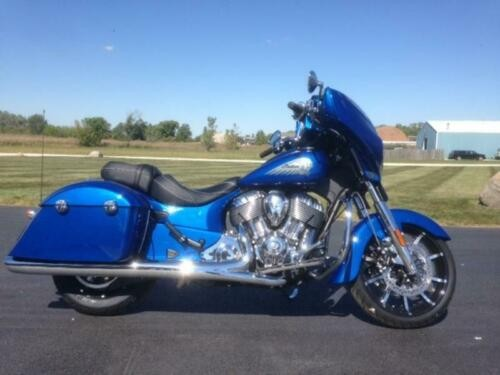 2018 Indian Chieftain® Limited ABS Brilliant Blue -- Blue photo