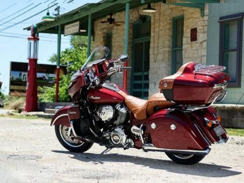 2018 Indian Roadmaster® ABS Burgundy Metallic -- Burgundy photo