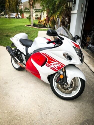 2018 Suzuki Hayabusa White photo